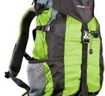 Wo befestige ich meinen Schlafsack am Wanderrucksack?